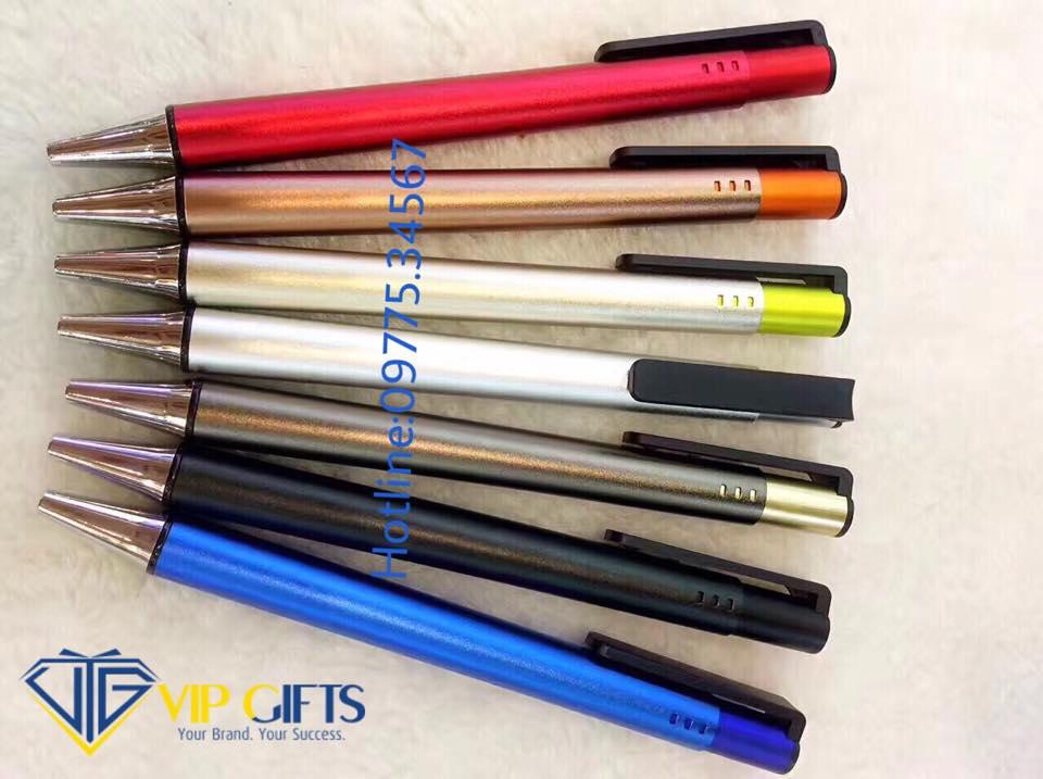 www.quatangvip.vn:bút2