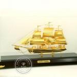 Thuyền Buồm Mạ Vàng 01